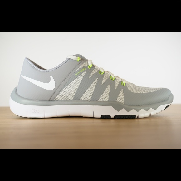 new style be0ba 91d53 Nike Free Trainer 5.0 V6 Wolf Grey White Running NWT